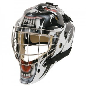 Vaughn 7700 Certified Cat Eye Goalie Mask w/Graphics.